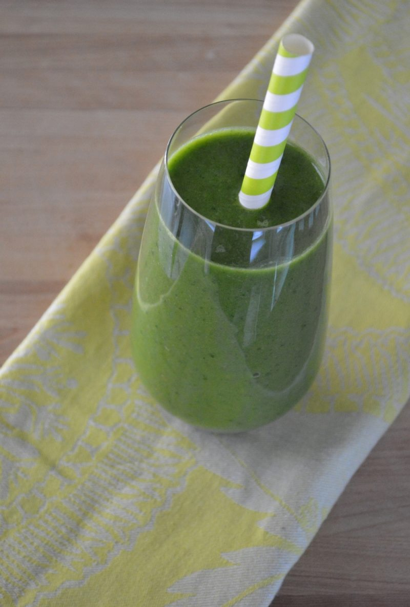 Cucumber Banana & Spinach Green Smoothie
