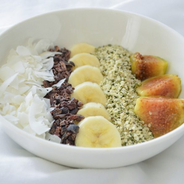 Healthy Fig & Fruit Breakfast Bowl