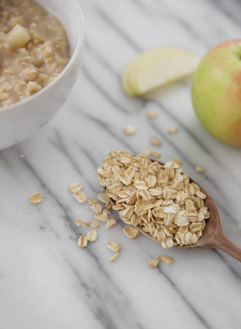 Apple Cinnamon Oatmeal - Lauren Schwaiger Healthy Living Blog