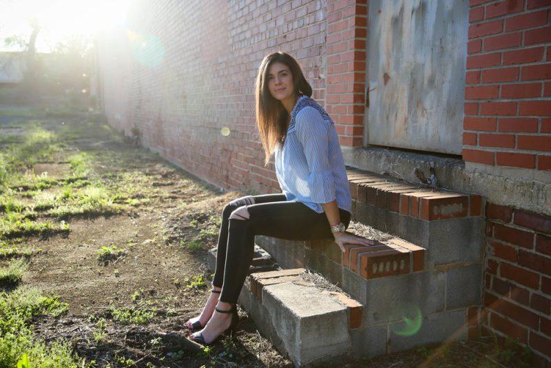 casual chic outfit inspiration - Lauren Schwaiger