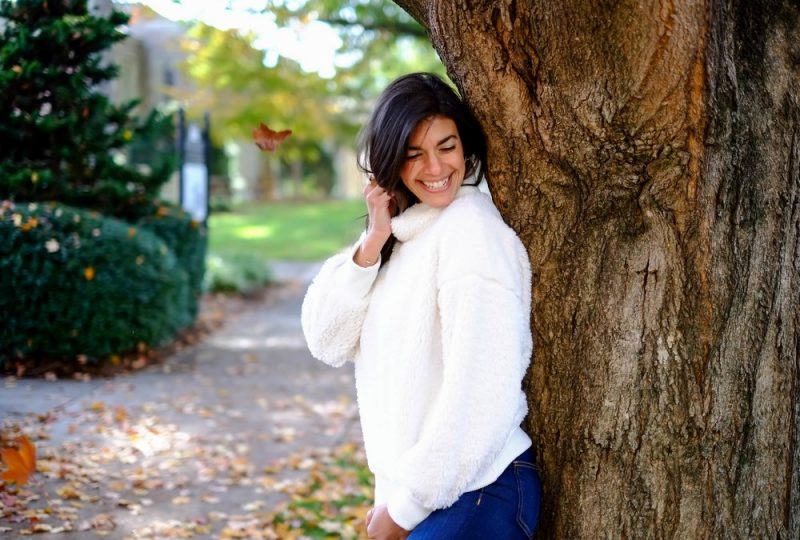 sherpa pullover - cozy outfit - Thanksgiving outfit inspiration - Lauren Schwaiger