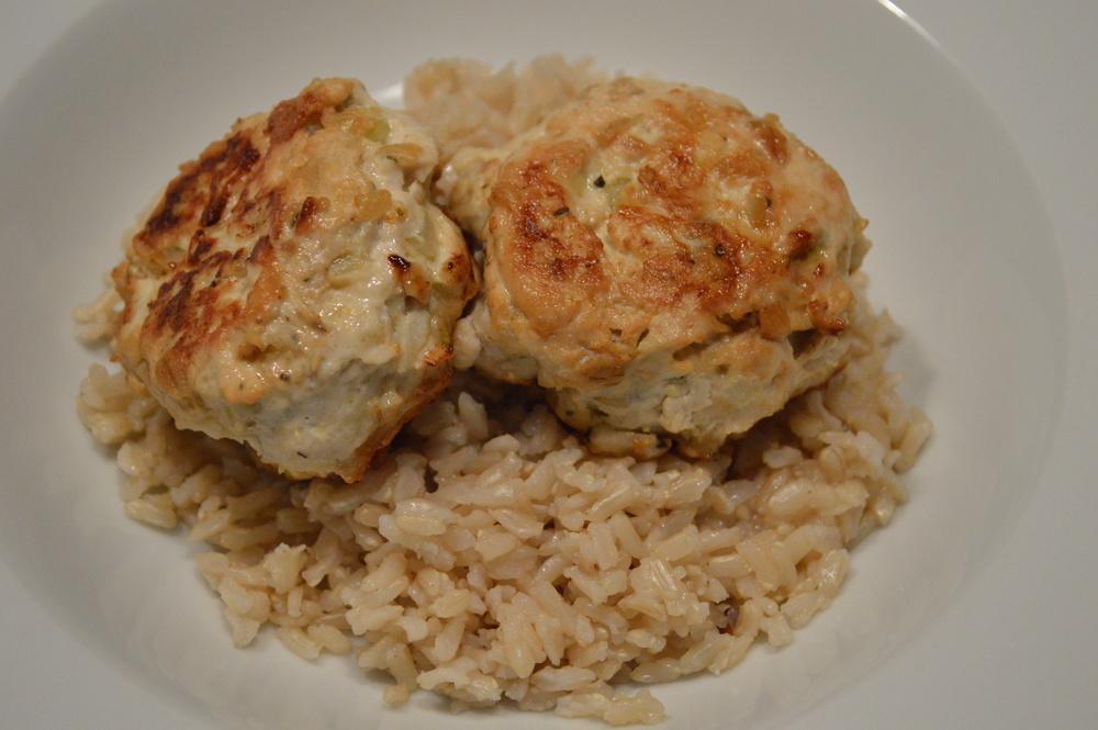Brown Rice + Chicken Frikadellen