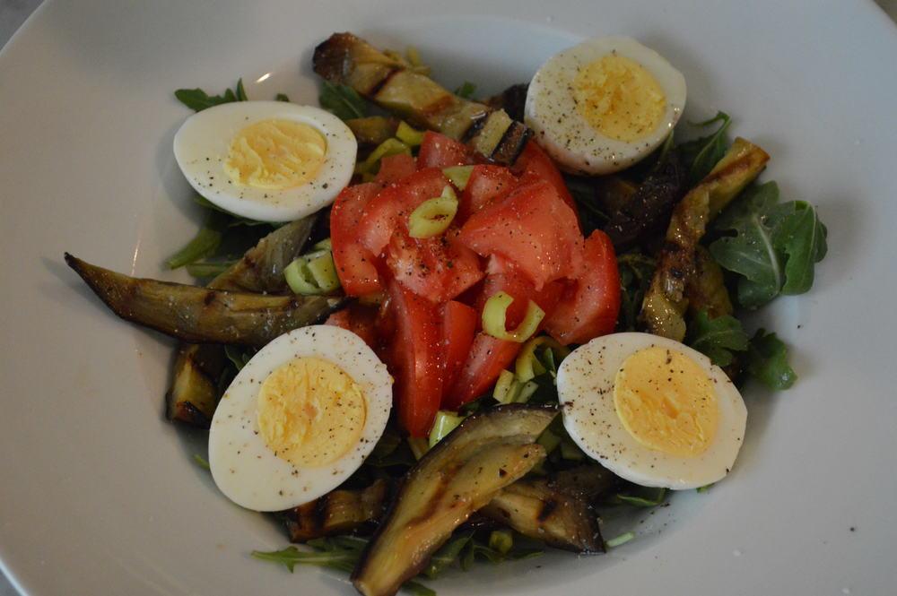 Veggie Salad - laurenschwaiger.com