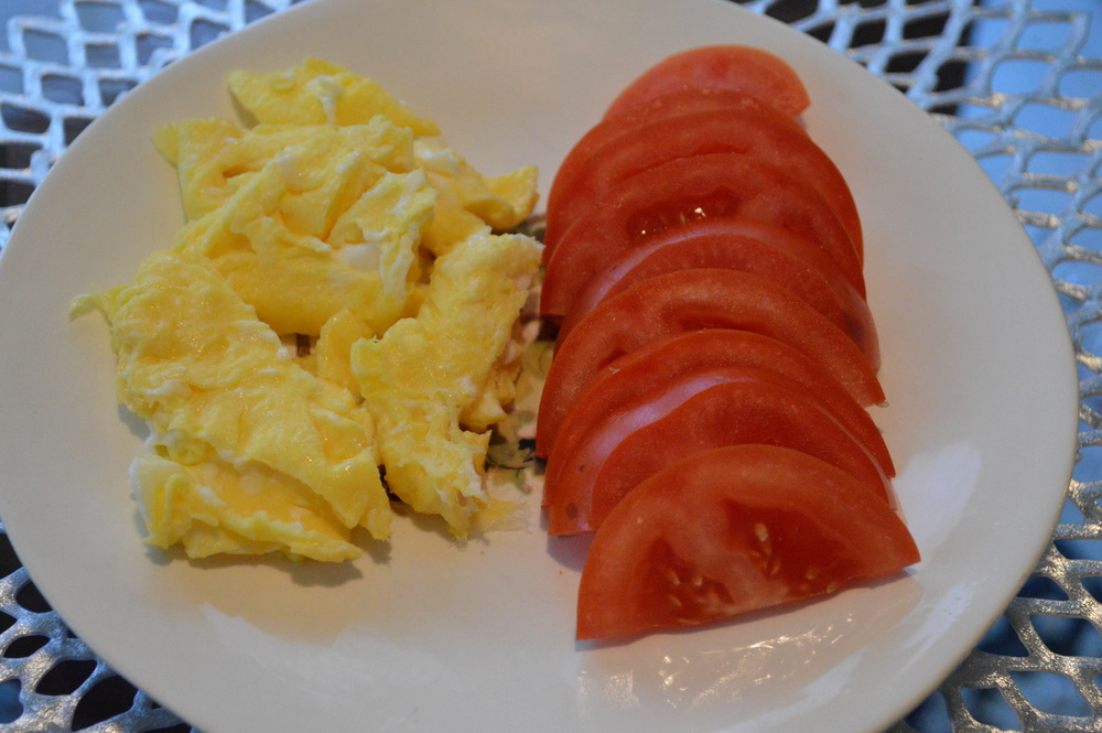 Eggs + Tomato Slices