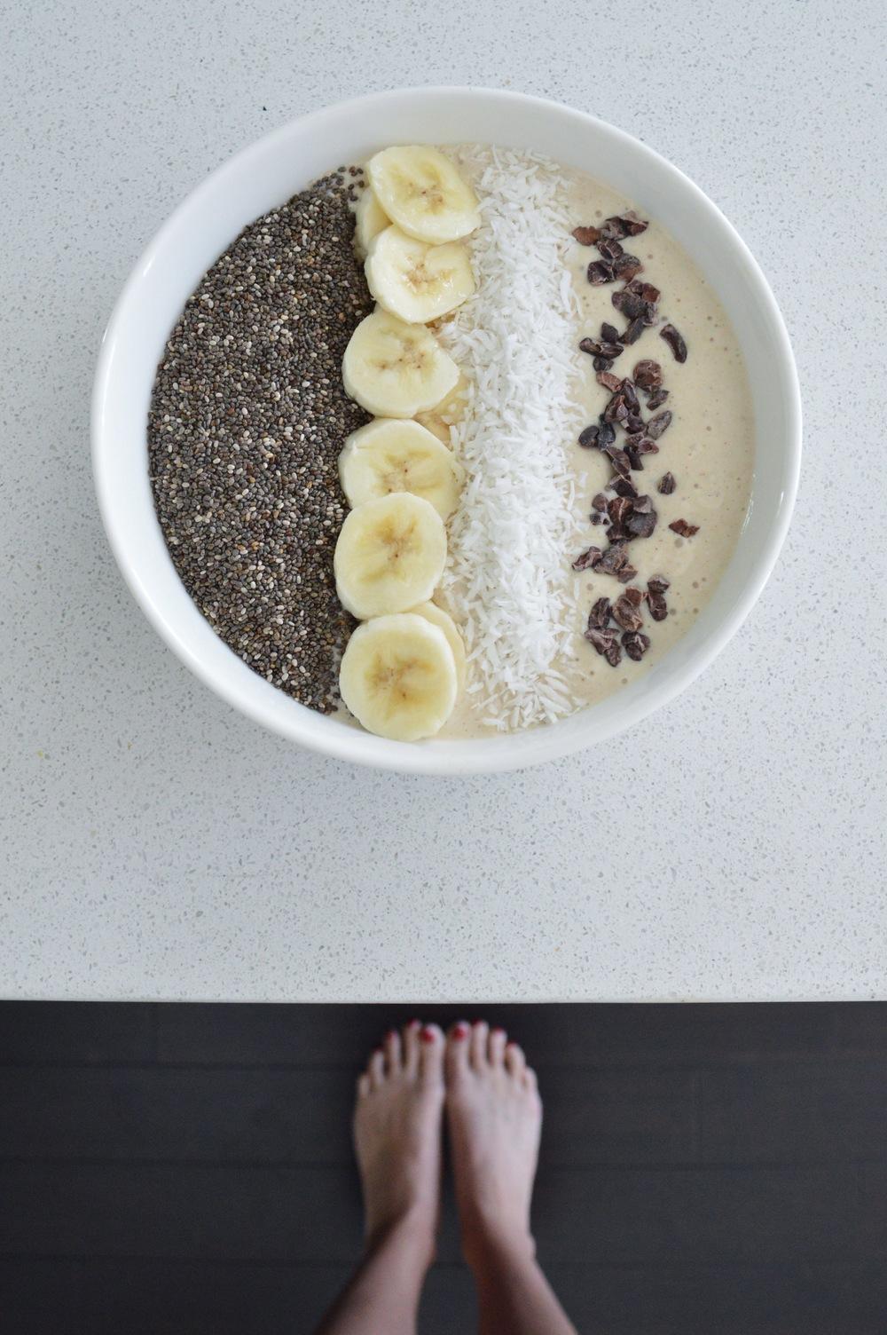 Creamy Vanilla Banana Smoothie Bowl Lauren Schwaiger