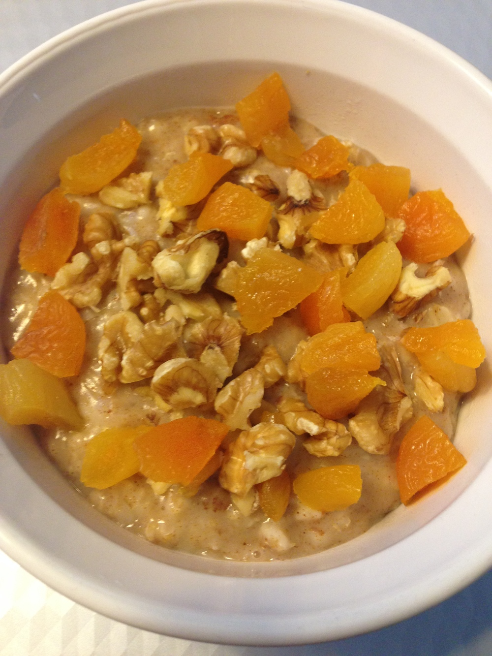 Cinnamon, Walnut, Apricot Oatmeal