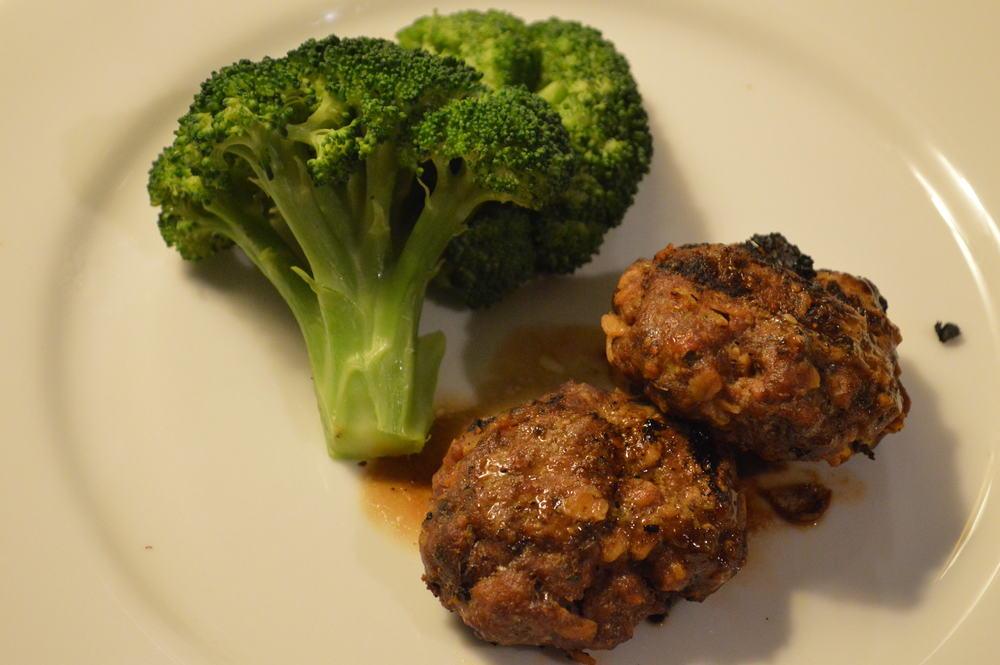 beef frikadellen + Broccoli