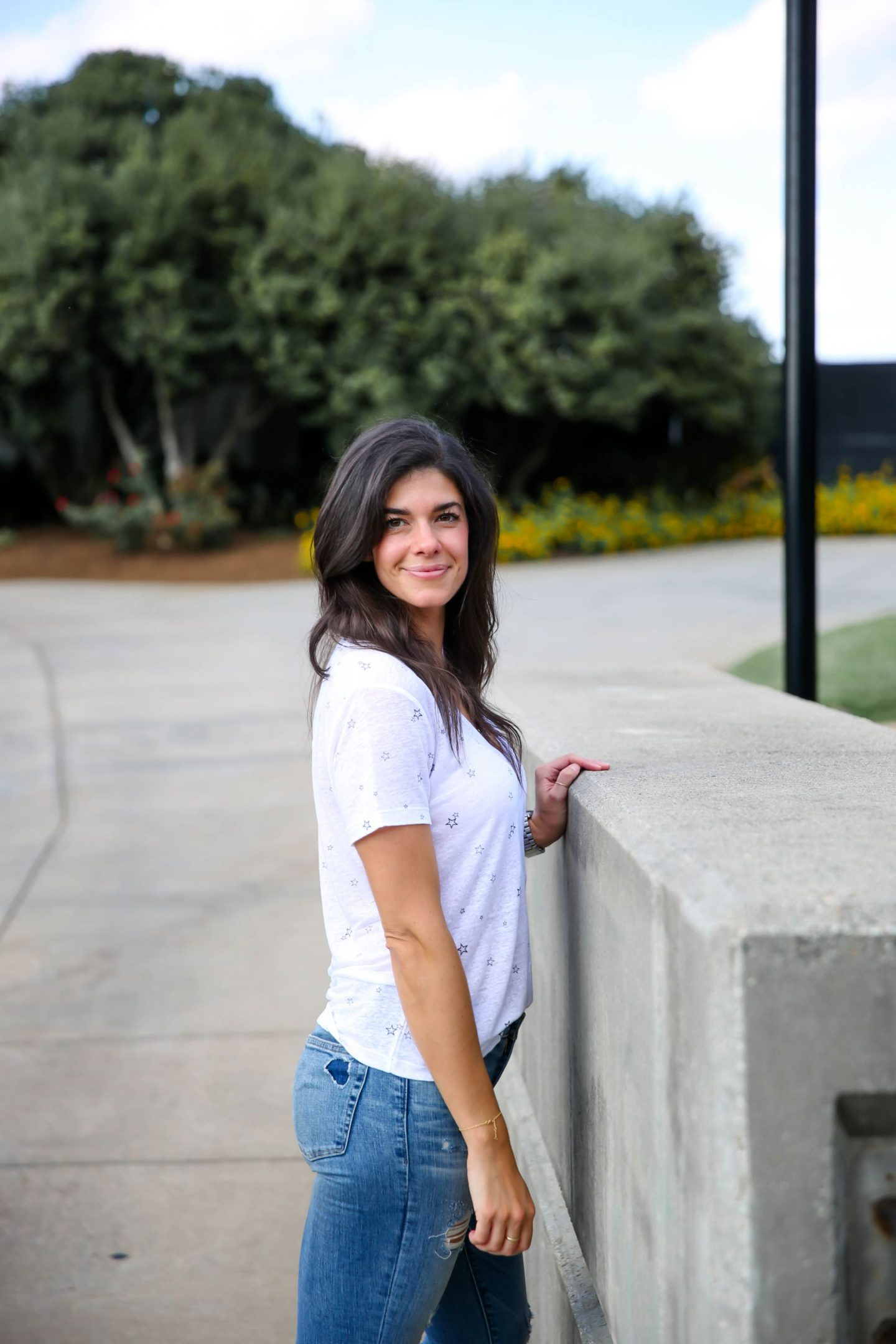star v-neck tee - Lauren schwaiger style blog