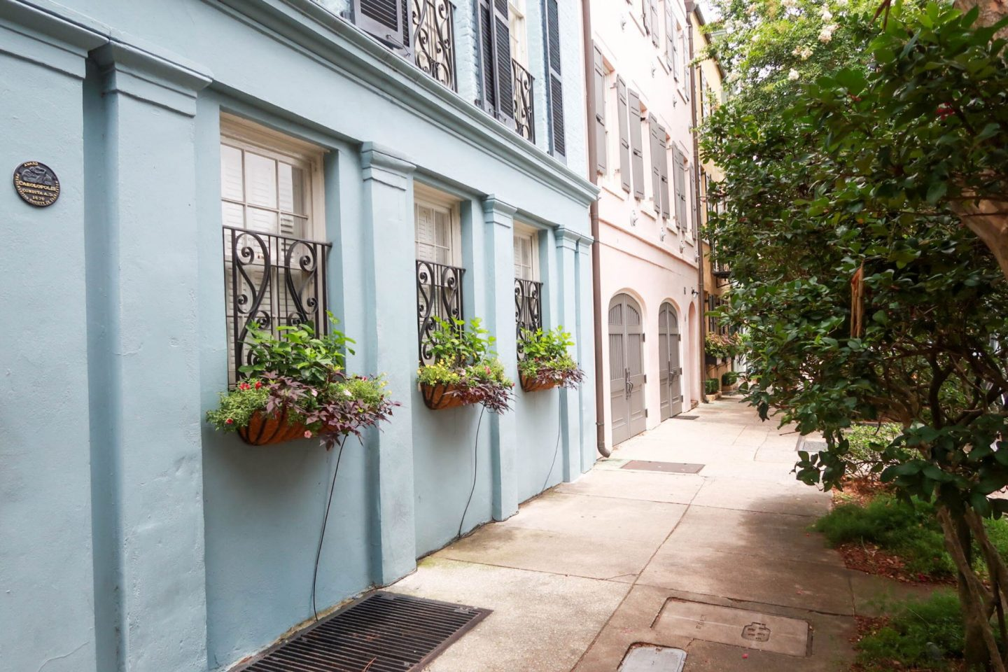charleston - rainbow row