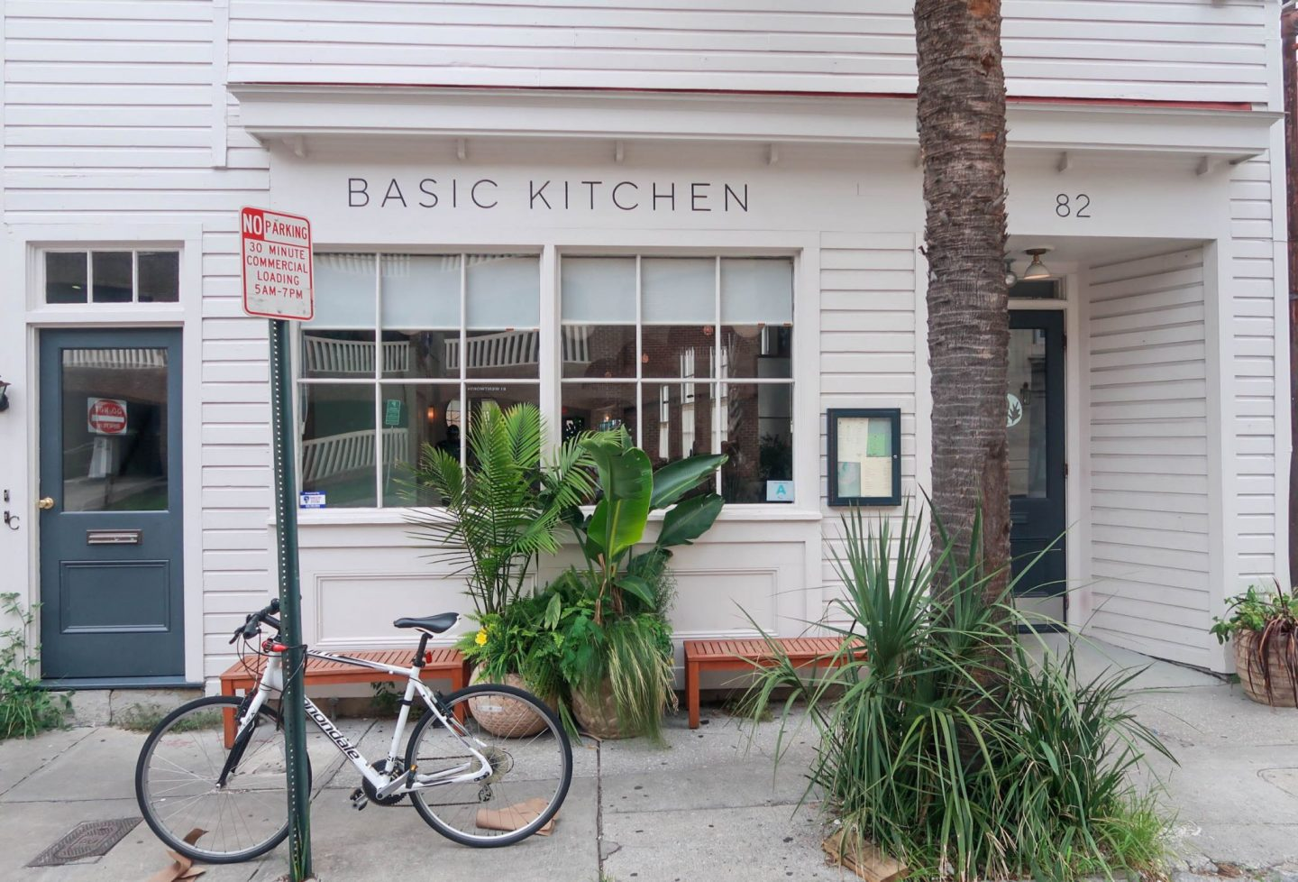Basic Kitchen - Charleston