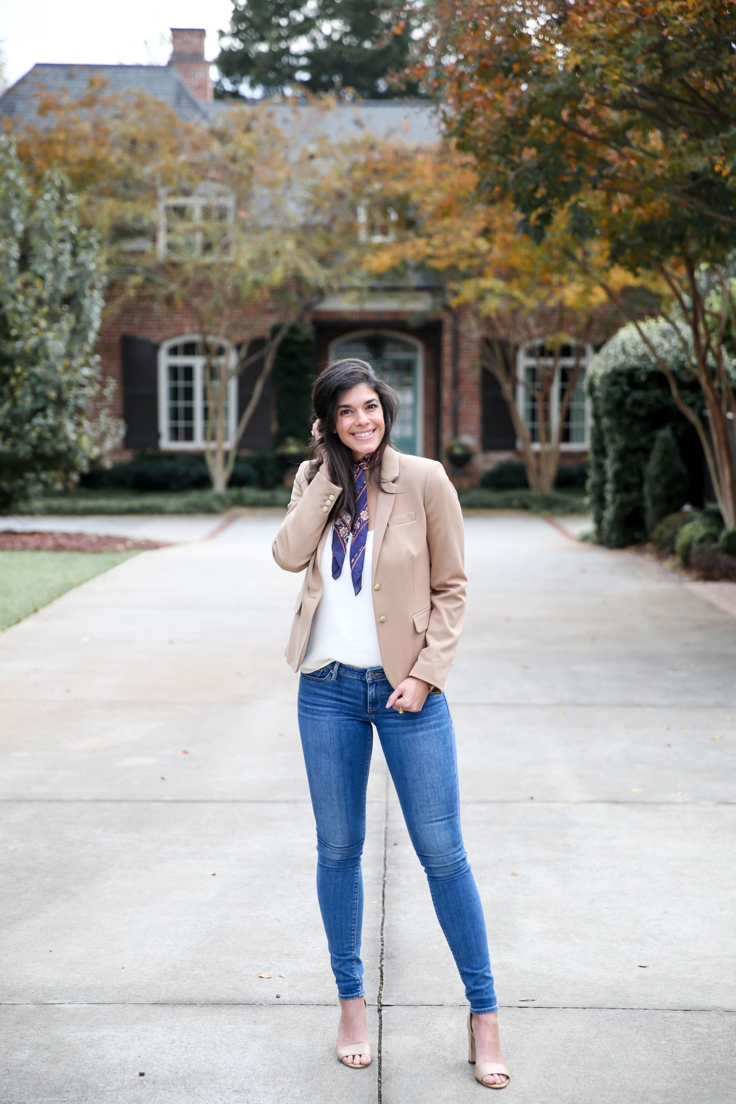 business casual outfit inspiration - Lauren Schwaiger style blog