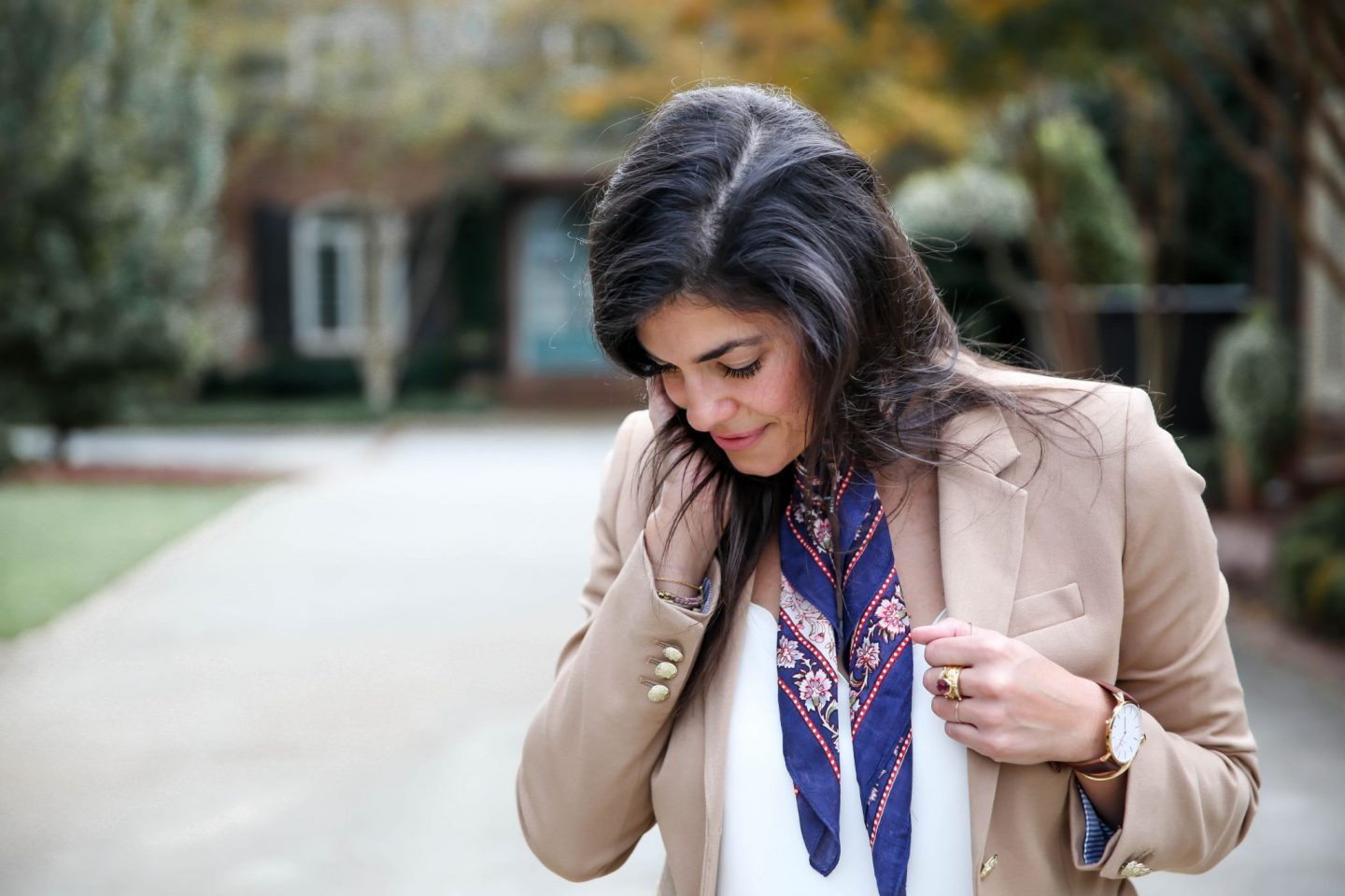 blazer + neck scarf - casual chic workwear - Lauren Schwaiger style blog