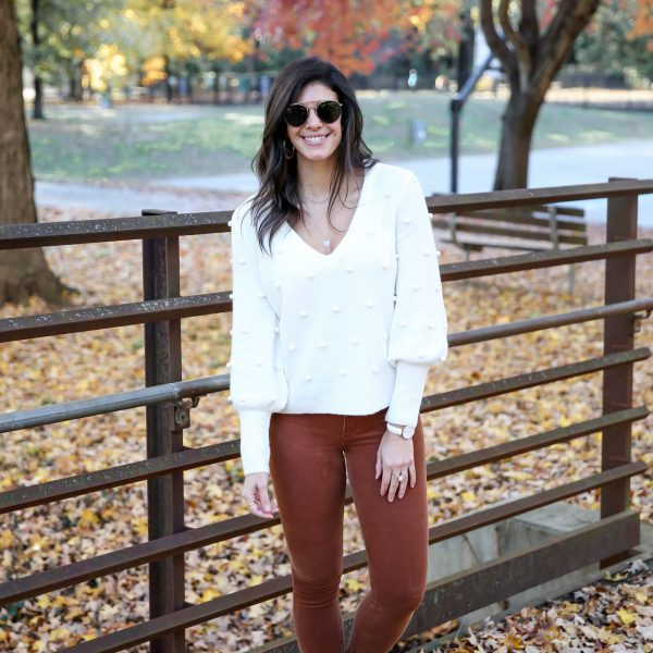 26 Chic & Cozy Winter White Sweaters