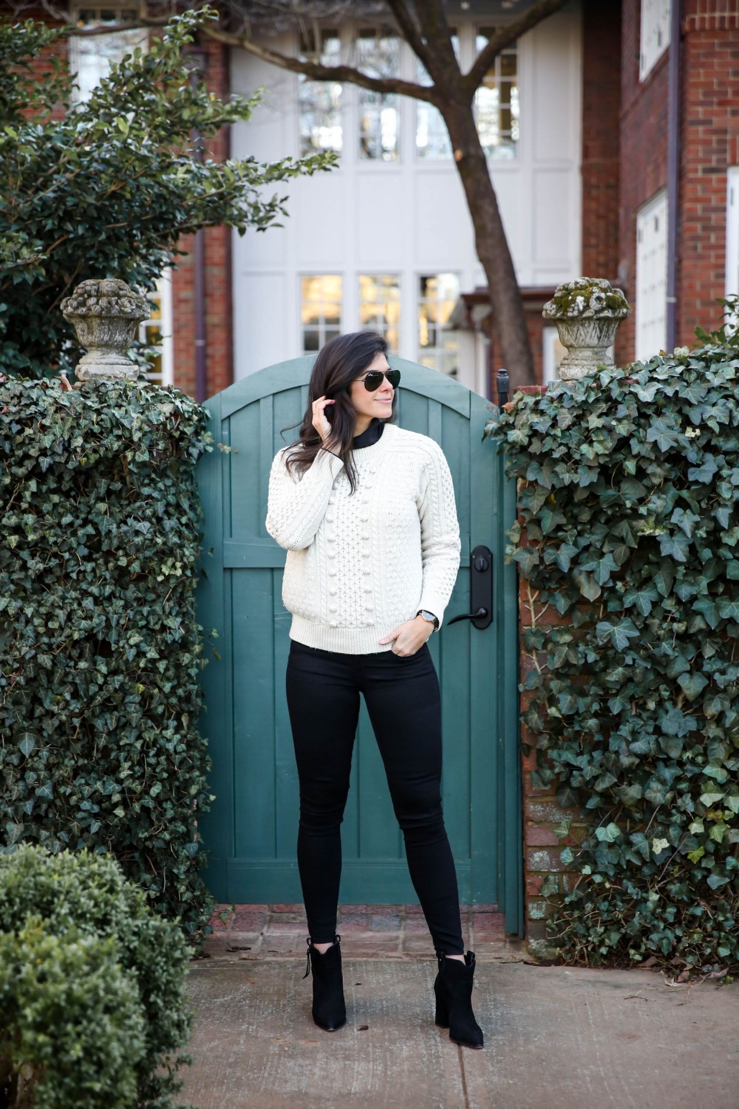 Lauren Schwaiger - casual chi winter outfit inspiration