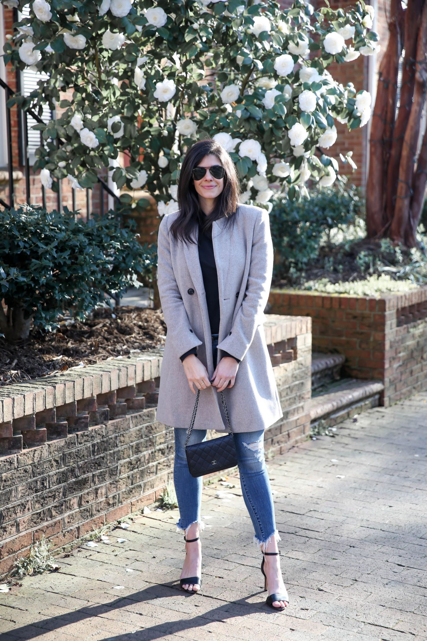 chic winter street style - Lauren Schwaiger Blog