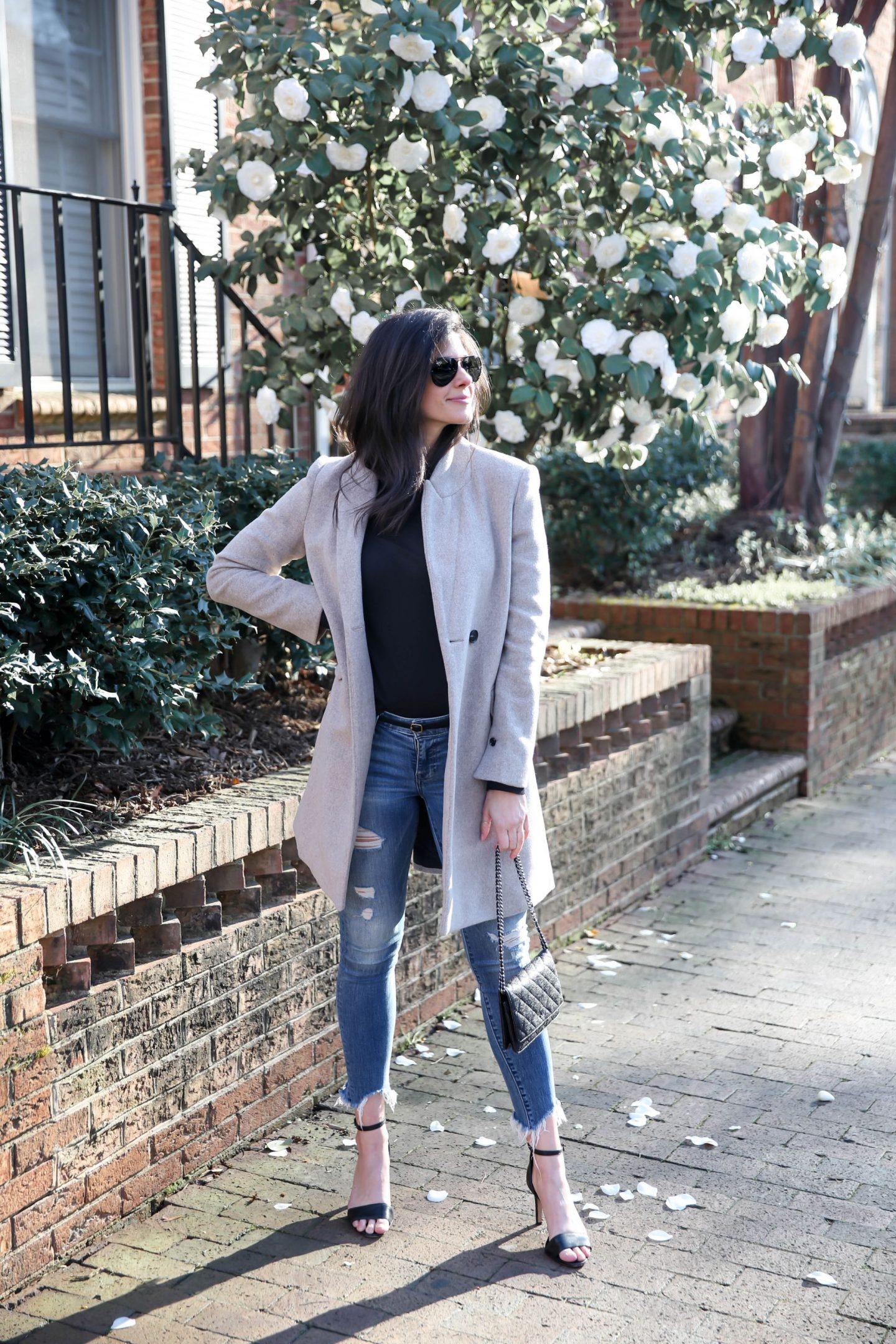 classic winter coat - Lauren Schwaiger - style blogger