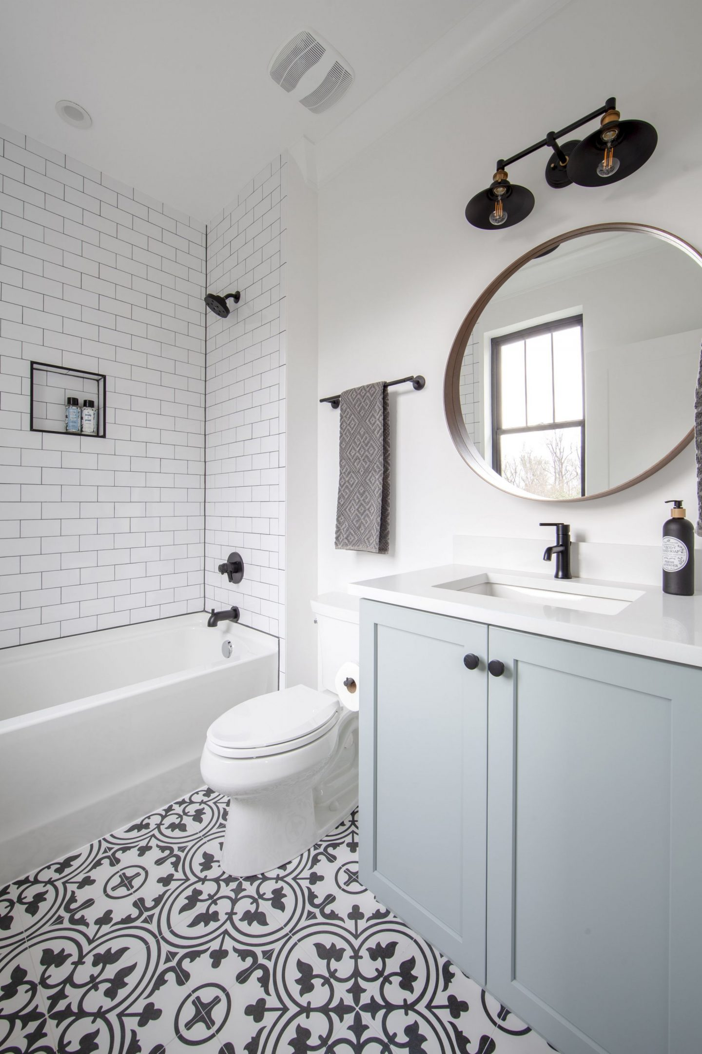 modern farmhouse - bathroom inspiration - Chelsea building group - schwaiger realty group