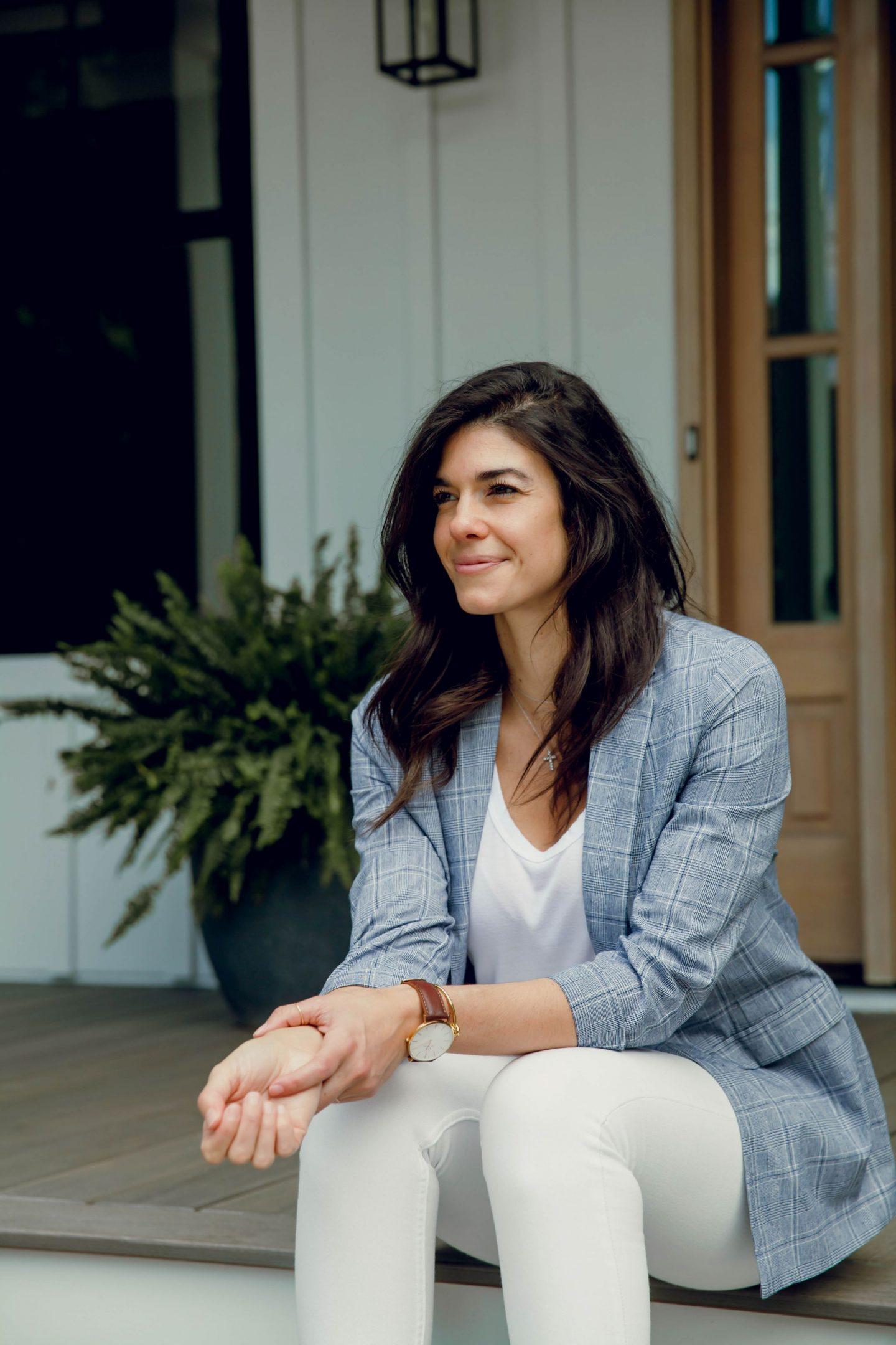 chic workwear - plaid blazer - Lauren Schwaiger style blog