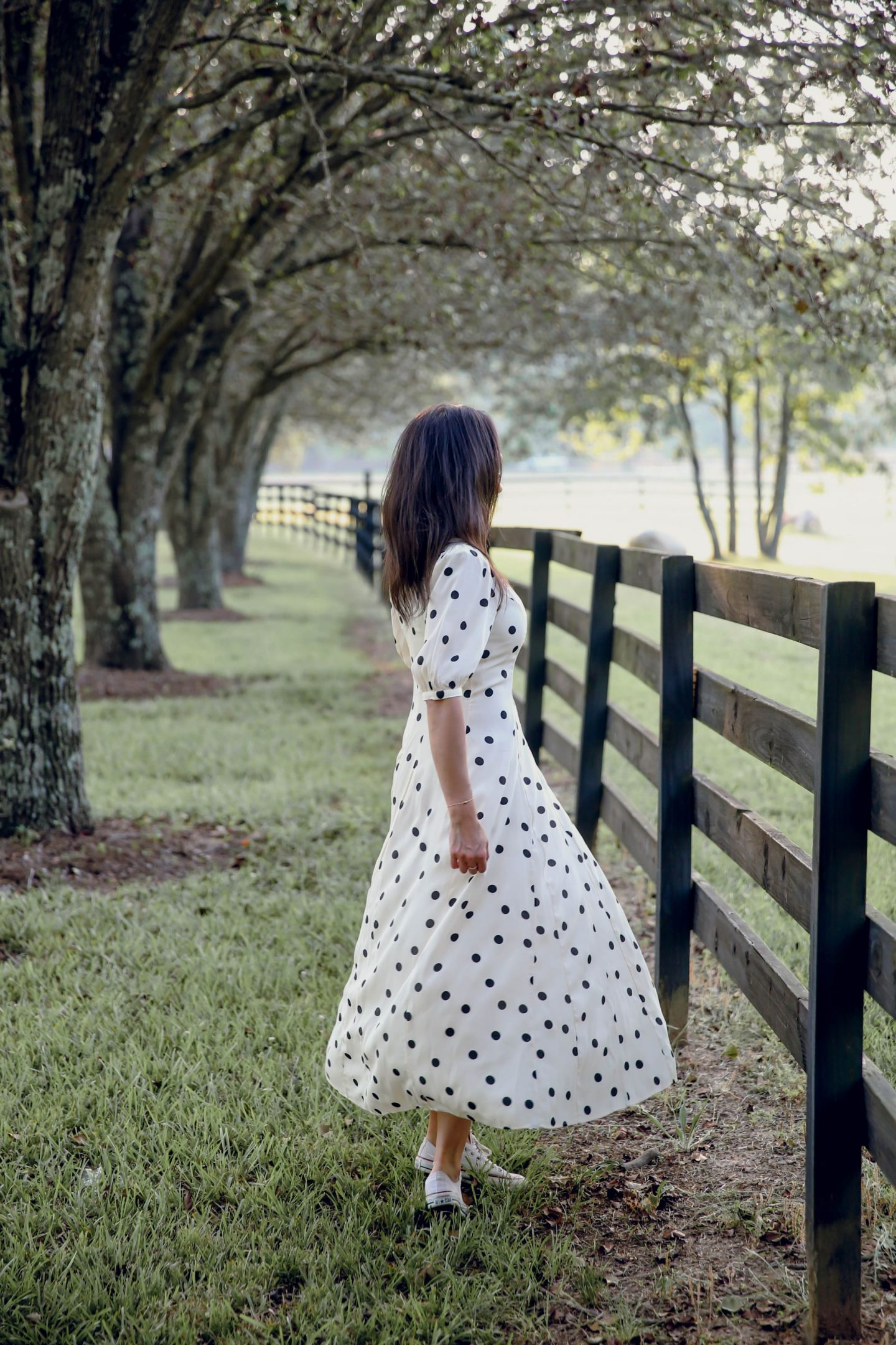 polka dot dress - converse - casual chic summer style