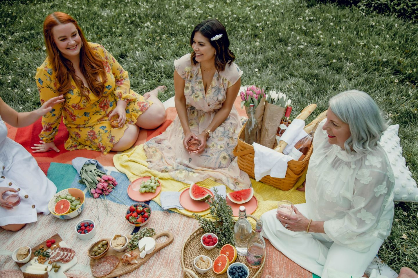 How To Host the Perfect Picnic Party - Lauren Schwaiger Lifestyle Blog