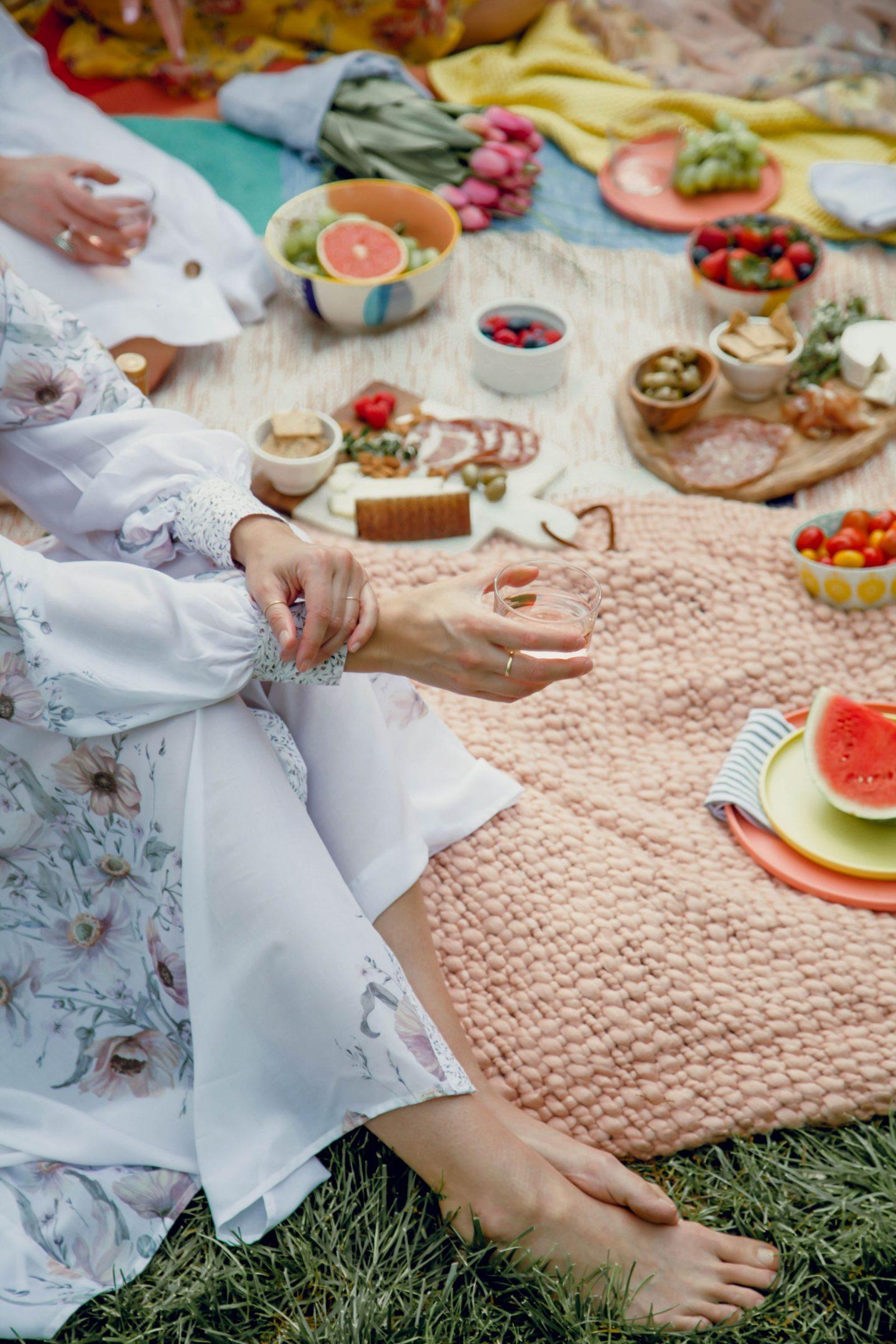 barefoot in the grass - picnic party - Lauren Schwaiger
