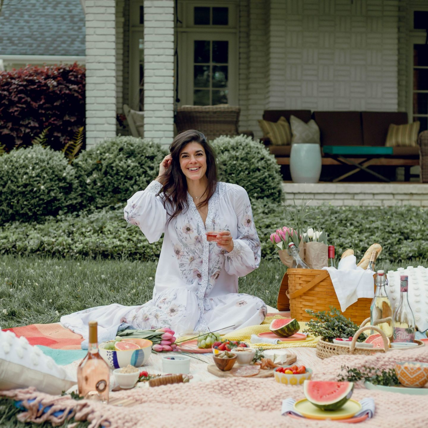 How to Host the Perfect Picnic - Lauren Schwaiger Lifestyle Blogger