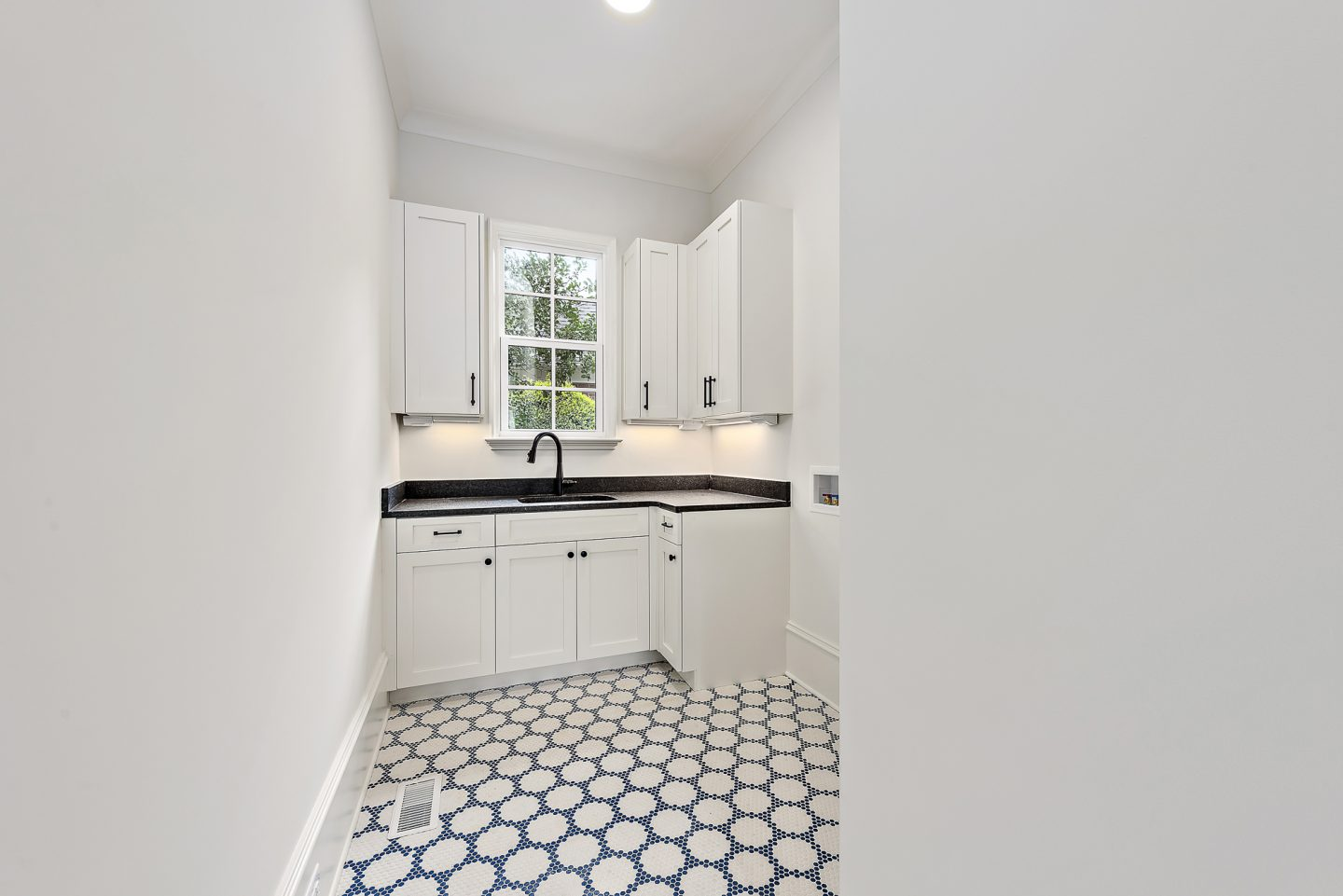laundry room - pike properties - Charlotte, nc