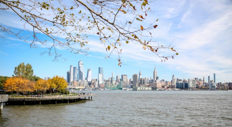 Hoboken Waterfront Walkway - Manhattan Skyline - Lauren Schwaiger Travel Blog