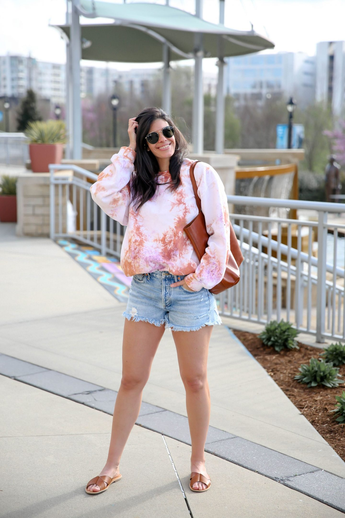 modern tie dye - pastel tie dye sweatshirt - Lauren Schwaiger style blog