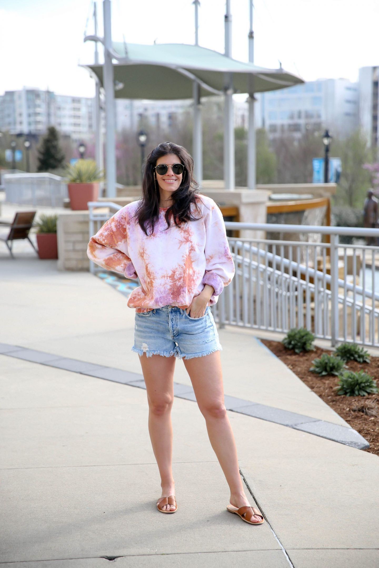tie dye pullover - casual outfit inspiration - Lauren Schwaiger style blog