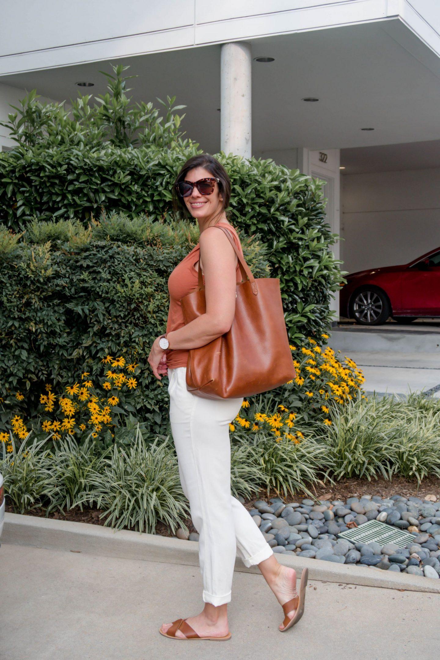 Lauren Schwaiger - Casual Chic Summer Style